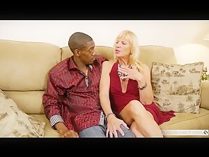 Presley St Claire interracial Interview porn with Jonathan jordan BBC